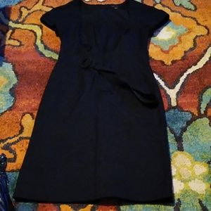Beautiful size 2 pencil dress